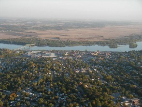 Muscatine Iowa Fall Balloon Ride with RE/MAX REMAX